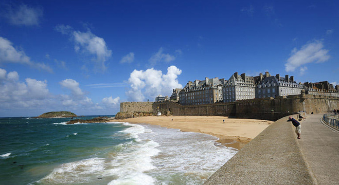 The historic town of St. Malo is a great day trip from the Château de Galinée campsite